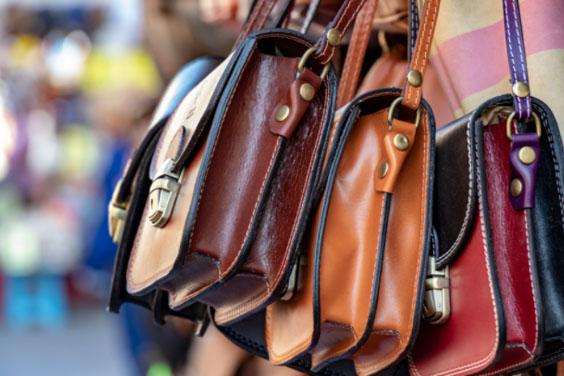 Handbags in Bulk